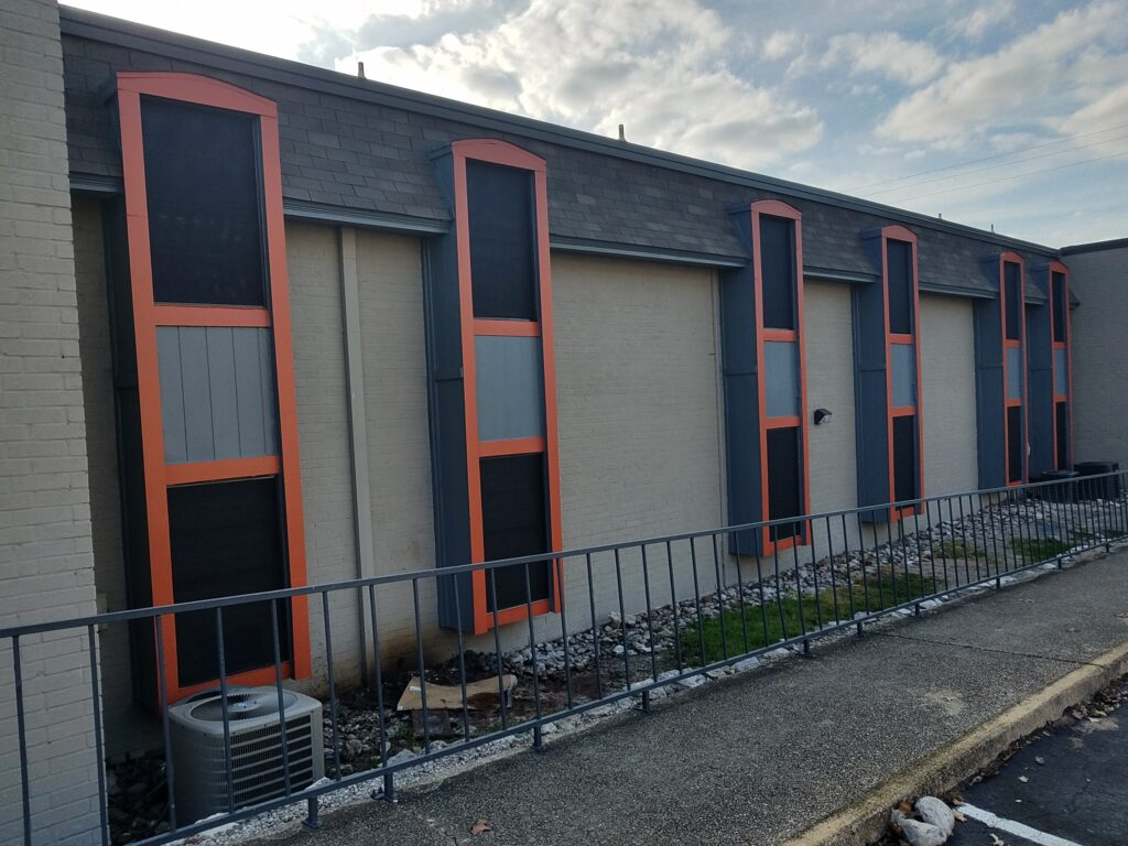 San Antonio TX apartment solar window screens project.